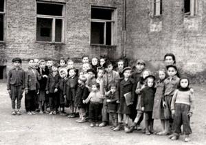 desenhos-de-crianças-no-holocausto-nazista-youtudoaki-02